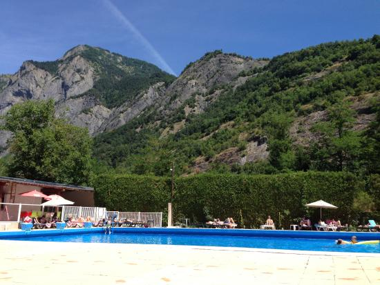 Camping la piscine campground reviews le bourg d 39 oisans for Camping le lavandou avec piscine