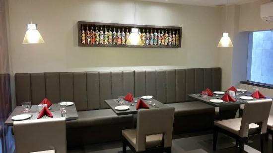 ZiP by Spree Hotels Vadodara: Restaurant