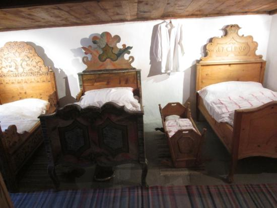 Scuol, Schweiz: A typical bedroom