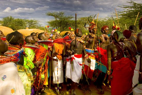 Kenia: From the hunter-gatherers, whose lives have changed little in the last thousand years, to the fa