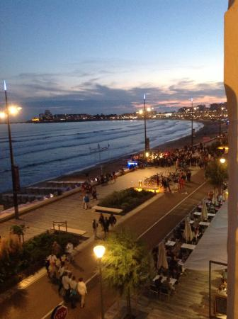 Residence de la Plage : Nightlife at Les Sables d'Ollone