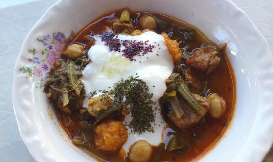 Zekeriya Sofrasi: Pazı borani, ilk defa yediğim ve çok beğendiğim bir yemek