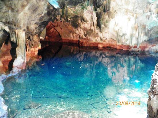 Inside Pool Cave the underground pool - picture of gasparee caves, trinidad