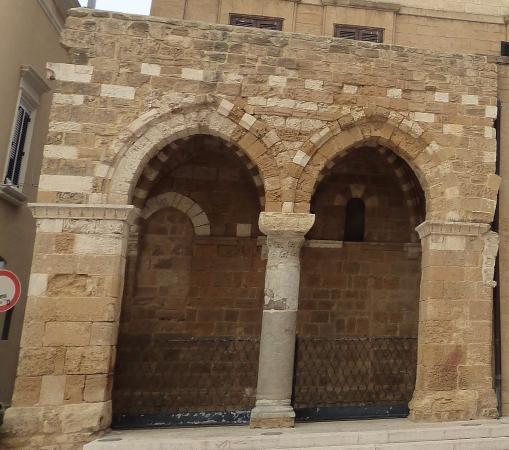 portico dei cavalieri templari foto di portico dei