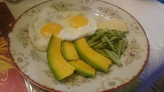 Ana y Surama: mmm, pycha sniadanie