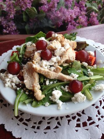 Mariposa Market Stores: Our Sonoma Salad