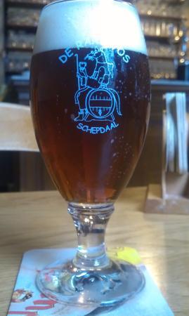 Schepdaal, Bélgica: Voske, biertje speciaal gebrouwen voor dit café/restaurant (op basis van Faro-bier)