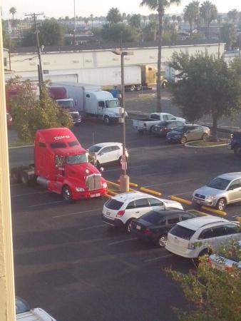 Red Roof Inn Laredo: Many Trailer Trucks In All The Parking Lot.