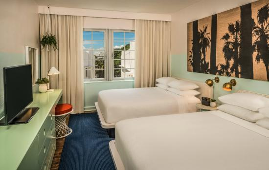 Hall Hotel South Beach Deluxe Queen