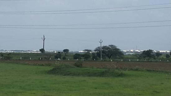 ‪‪Ranjangaon‬, الهند: Ranjangaon MIDC near Pune is full of industries -view from a distance‬