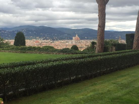 Torre Di Bellosguardo: Garden view