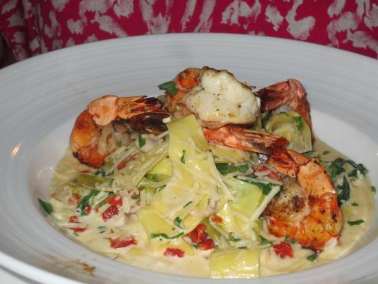 Midtown Bistro: Pasta with shrimp -- creamy, succulent, yet light
