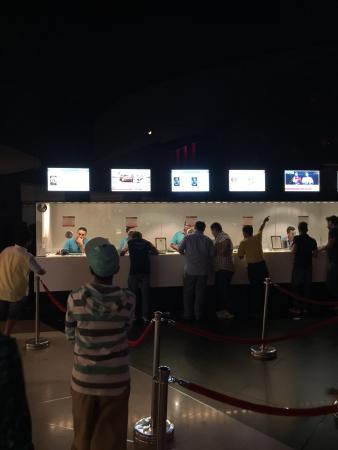 الفروانية, الكويت: Cinescape 360