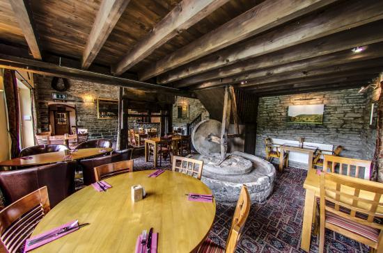 Bucknell, UK: Resturant