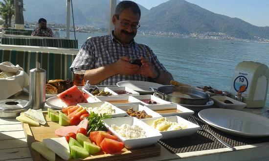 Denizati: breakfast