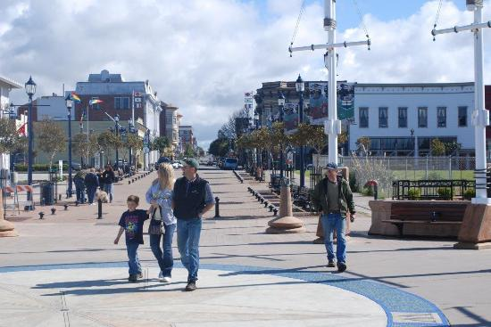 Eureka's waterfront boardwalk is a popular and pedestrian-friendly public space. Richard Stenger