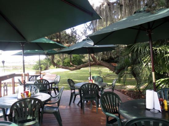 Minneola, فلوريدا: Outdoor dining