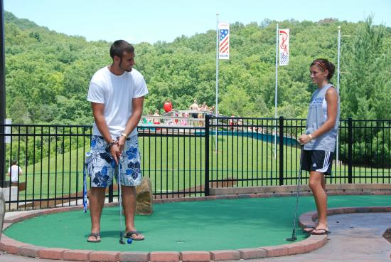 Long's Retreat Family Resort: Mini golf