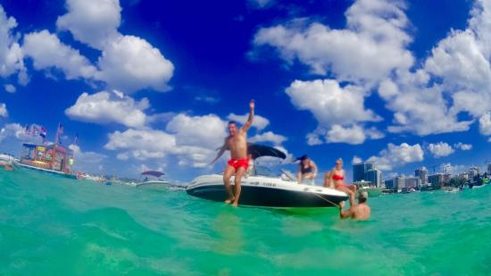 Sandbar Boat Party Excursion