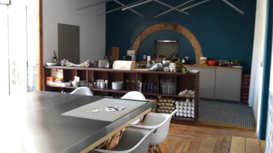 cuisine commune - Foto de Lost Lisbon Chiado, Lisboa - TripAdvisor on