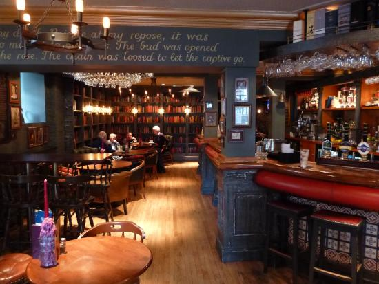 Queens Arms Edinburgh Dog Friendly