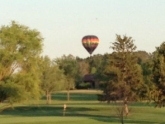 Bluffton, OH: Hole 9 with Balloon
