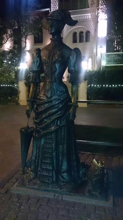 "Sculpture ""Lady with the Dog"""
