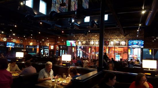 Bj S Restaurant Brewhouse A Look Toward The Main Dining Area