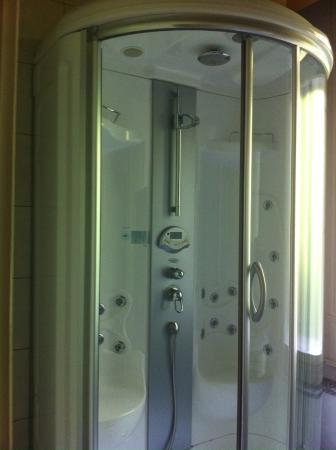 Villa Junghans: Luxus Doppeldusche