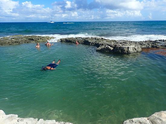 Dreams Puerto Aventuras Resort Spa Natural Tidal Pool W Snorkelers