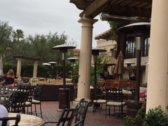 Veranda Fireside Lounge U0026 Restaurant At Rancho Bernardo Inn: Patio Dining  At Veranda Restaurant
