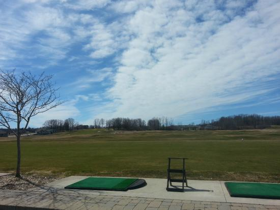 Kemble, Canadá: Driving Range at Cobble Beach