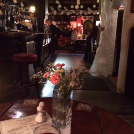 Bowness-on-Windermere, UK: Inside the pub
