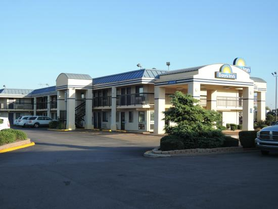 Days Inn Oklahoma City West