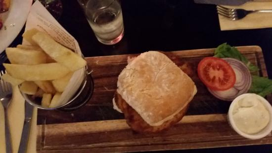 Daly's of Donore: Chicken Burger