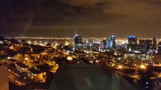 Signal Hill Lodge: Herrlicher Blick auf Kapstadt