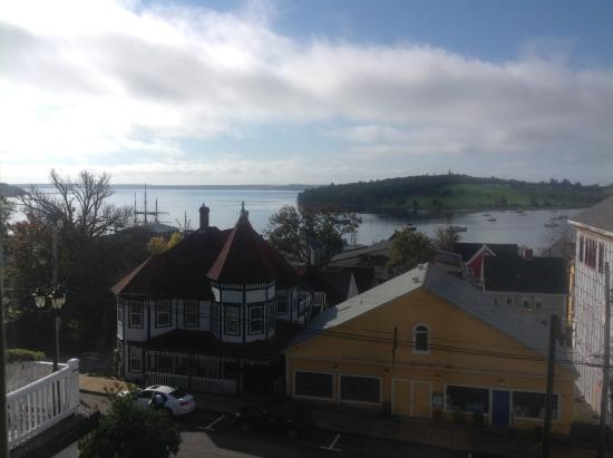 Boscawen Inn: Excellent Harbour View