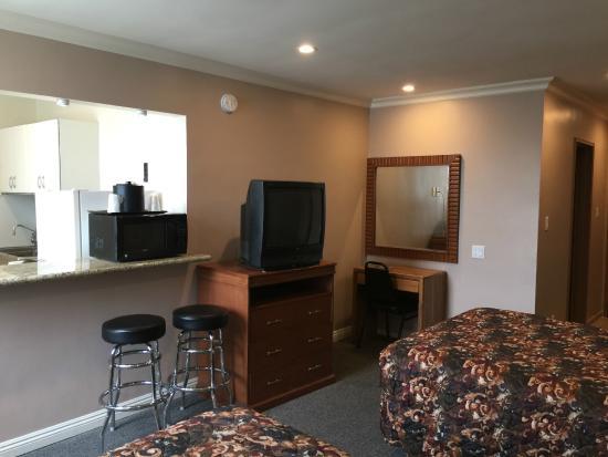 Dunes Inn - Wilshire : Bedroom