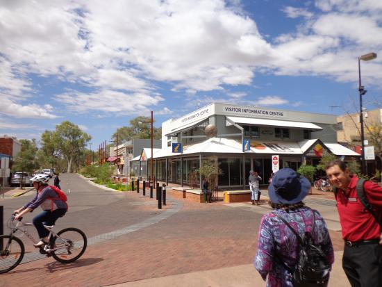 Original name of town picture of alice springs visitor information centre alice springs - Alice springs tourist office ...