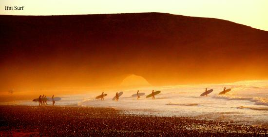 Sidi Ifni, Marokko: Sunset Surfing