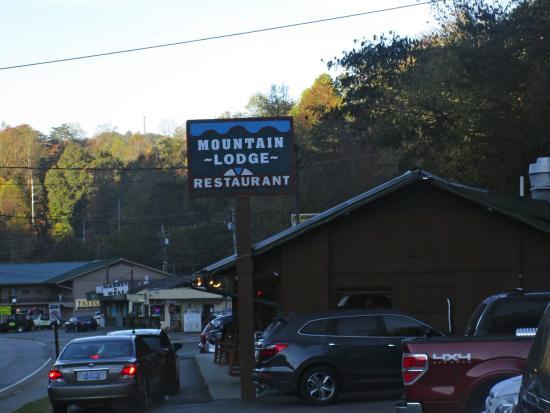 Mountain Lodge Restaurant