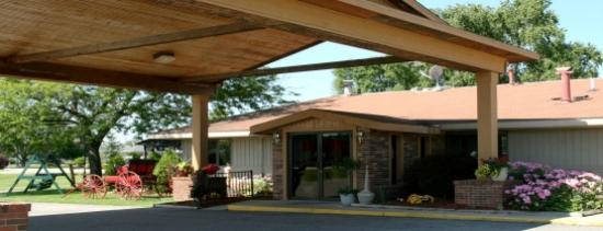 DeMott's Westpark Inn