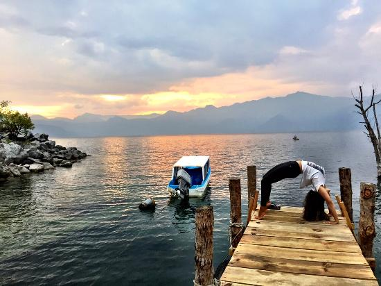 Lake Villa Guatemala: Yoga on the dock at sunset