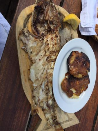 La Huella: I asked the waiter what was LaHuella known for - he recommended the Fish special. Delicious, moi