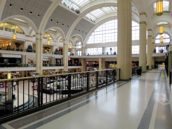 Tower City Center Ping Mall