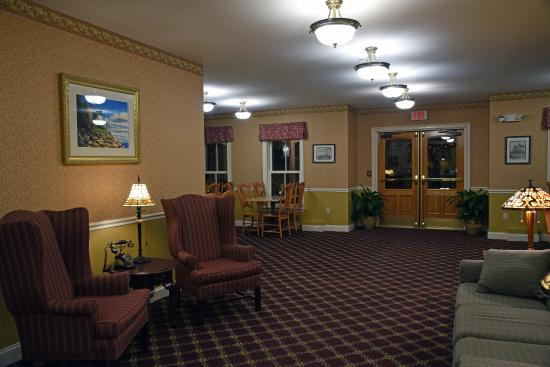 Bar Harbor Grand Hotel: Classic Hotel Lobby. Modern With A Touch Of Grace.