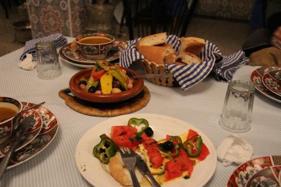 Cafe Restaurant La Noria : オムレツはふわふわで美味しかった!