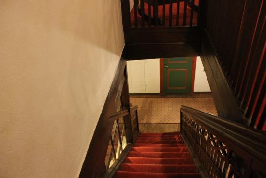 Feuchtwangen, Германия: Steile Treppen (es gibt aber einen Fahrstuhl wenn man möchte)
