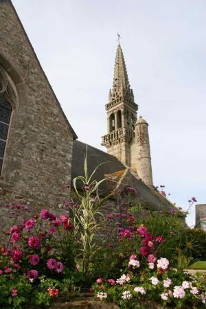 Poullan-sur-Mer, Франция: Eglise St Cadoan