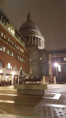 Corney & Barrow - Paternoster Square: Standing in the doorway - what a view!